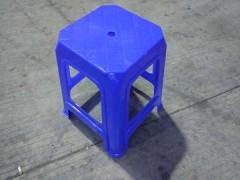 汕尾乔丰塑料高方凳垃圾桶批发