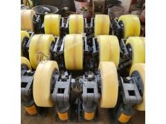 LS30矿用双轮滚轮罐耳罐笼导向轮
