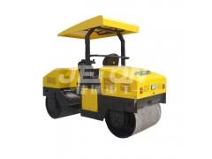 3.0吨座驾式单钢轮压路机压实沥青好帮手