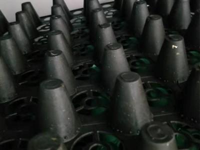 供应桂林蓄水排水板、柳州车库防穿刺排水板