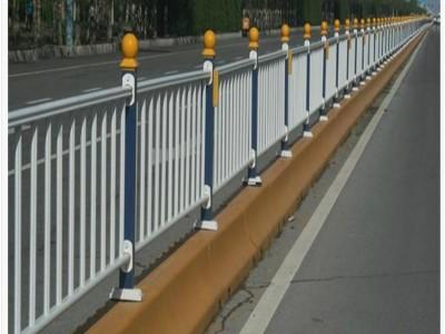 新力供應鋅鋼道路護欄市政交通護欄廠家生產大量現貨
