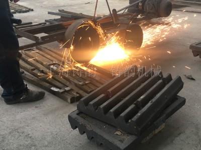 上海铸韵破碎机锤头陕西省西安市周至县厂家直销锤头