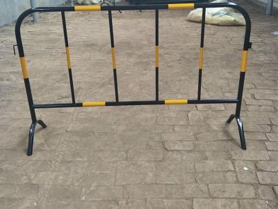 铁马护栏 施工道路隔离防撞黄黑铁马 厂家现货特价出售 质量优