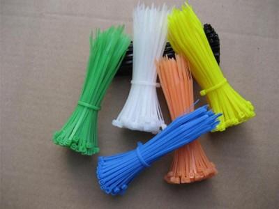 优质热销自锁式环保扎带,颜色多种,彩色扎带可定制