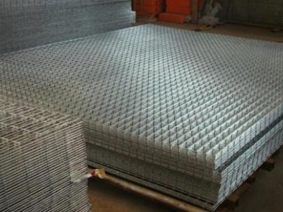 几种常见的电焊网片类型的使用区别