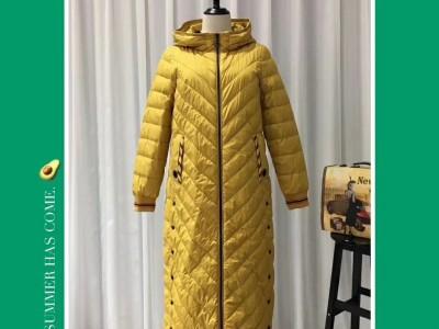 大牌羽绒服深圳宝莱国际19冬货源哪里有找武汉颜可可服饰