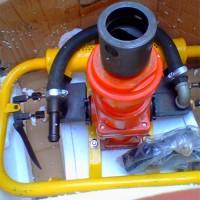 供应手持式气动防突钻机 ZQSJ90架柱支撑式防突钻机