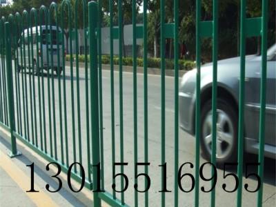 焦作pvc道路护栏 京式交通栏杆 马路隔离护栏新力厂家直销