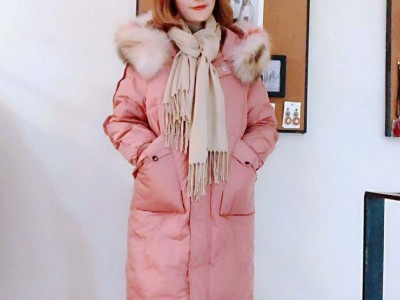 深圳服装批发市场 欧伊芮诗秋冬装 折扣女装拿货渠道