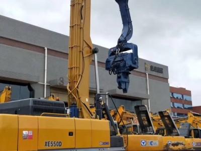 三一485挖掘机打桩臂-拉森钢板桩加长臂