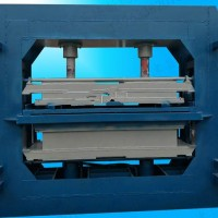 凯达四柱式珍珠岩压板机设备抗拉强度大不开裂