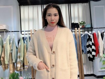 【萨曼莎】19年冬季小香风女式开衫 品牌折扣女装批发走份