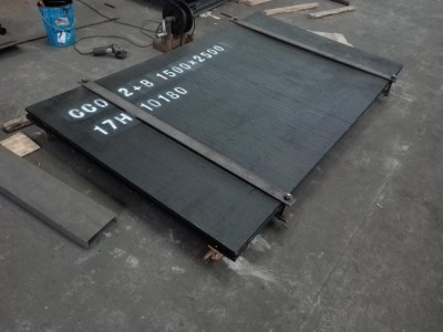 耐磨堆焊复合钢板12+4