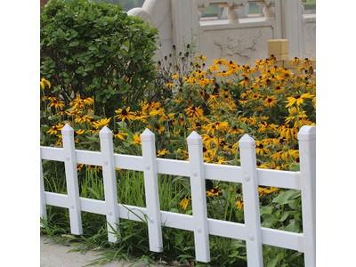 安阳草坪护栏 交通护栏 花园护栏 新力厂家现货供应