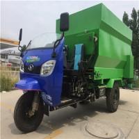 牧场养殖三轮电动饲料撒料车 养牛场必备的饲料撒料车