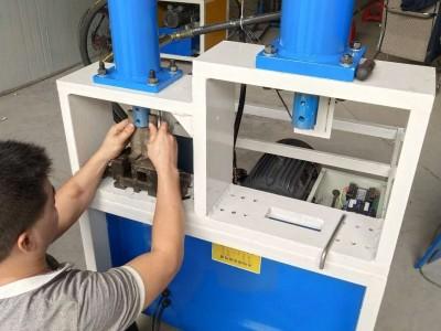 扁管冲螺丝孔双工位电动冲孔机护栏弧口方管圆管门窗切45度角
