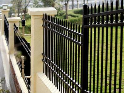 新乡锌钢护栏市政护栏交通护栏道路护栏新力厂家现货供应