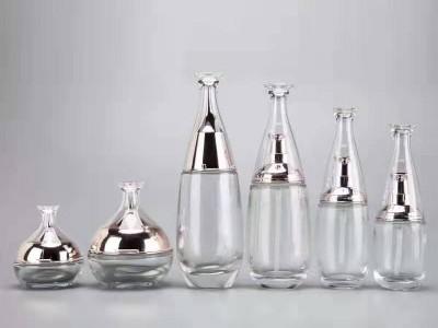 化妆品玻璃瓶批发 护肤品包材厂家