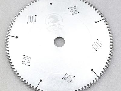 胶合板锯片的修磨案例分析