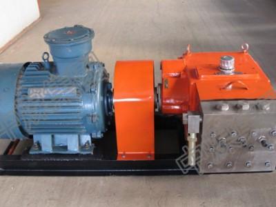 移动乳化液泵站,采煤工作面,做往复运动实现吸液排液