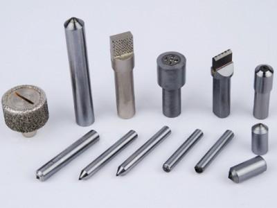山西生产各种规格砂轮修整工具、1克拉金刚笔用于外圆磨床
