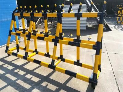 反暴力可移动重型拒马 订制钢管三角架带刺防撞挡车路障
