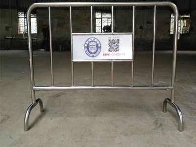 学校门口秩序管控临时围栏 尺寸按需订制不锈钢可移动铁马