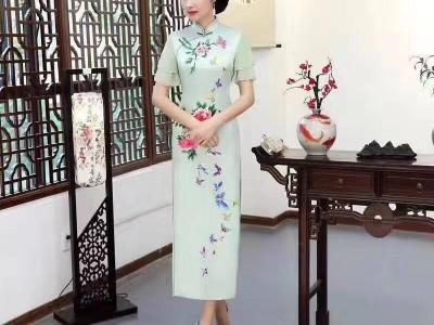 广州折扣女装拿货 旗袍 连衣裙 真丝女裙 品牌女装货源