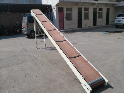小型简易皮带输送机 便捷折叠皮带机 车载式折叠皮带输送机