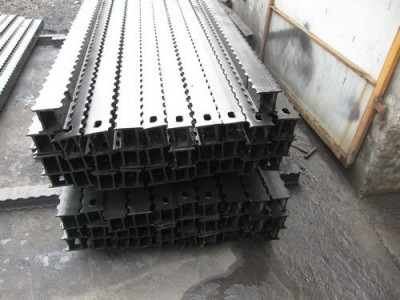 DFB(2000-4000)/300金属长梁
