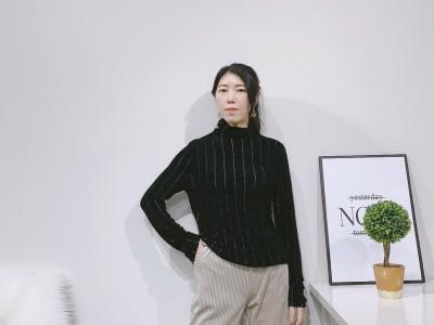 秋冬女式上衣 百搭绒衫 卫衣 品牌跑量女装单品货源供应